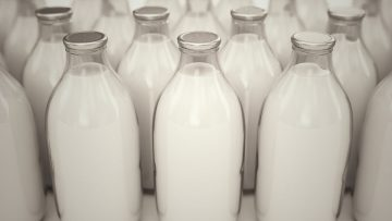 821529540_Milk-bottles