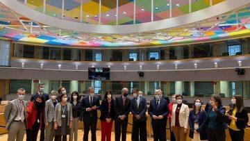 комисия триалог май