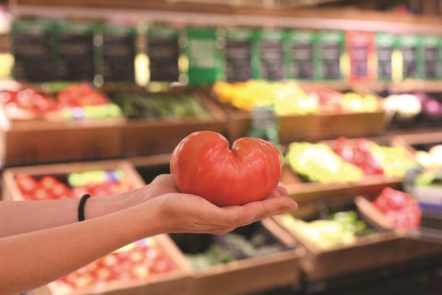 Розовият домат и смилянският фасул - емблеми на българското зеленчукопроизводство, пренесени в съвременния свят на модерната търговия