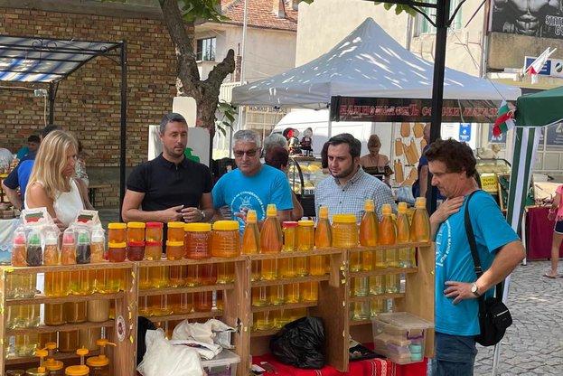 Заместник-министър Събев откри 18-тия фестивал на Странджанския манов мед