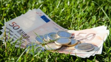 банкноти трева