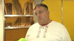 Владимир Петров, производител на изделия от дърво